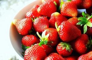 0825_Fresh_Strawberries_from_Sanok,_Poland_2013