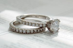 Diamond_rings_photo_by_Jennifer_Dickert_(2)